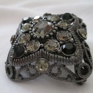 Black Nickel Plated Crystals Slide/Pendant/Pin